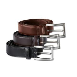 Der handgearbeitete Gürtel aus italienischem Rindleder und massivem Messing. Oberleder und Futter sind aus demselben vollnarbigen Leder gefertigt, daher besonders belastbar und langlebig.