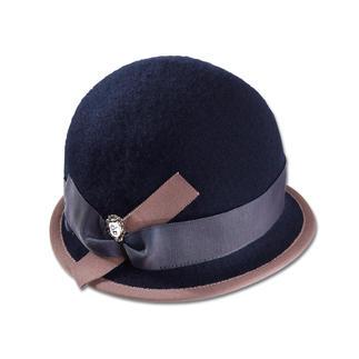 Der Hut aus weichem Schurwoll-Walk: knautschbar, wind- und wasserabweisend. Elegant wie ein Hut. Unkompliziert wie eine Mütze.