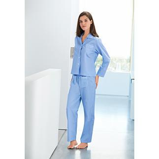 Der NOVILA Pünktchen-Pyjama aus feinem Baumwoll-Satin. Für den ersten guten Eindruck am Morgen.