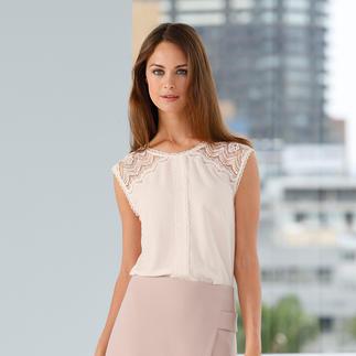 Die Optik einer Bluse. Der Komfort eines T-Shirts. Skandinavisches Design von Rosemunde Copenhagen: Bequem. Unkompliziert. Elegant.