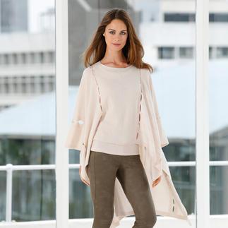 Der Kaschmir-Poncho mit Cut-Outs - das Trend-Piece für unzählige Outfits. Vom Schweizer Spezialisten FTC Cashmere.