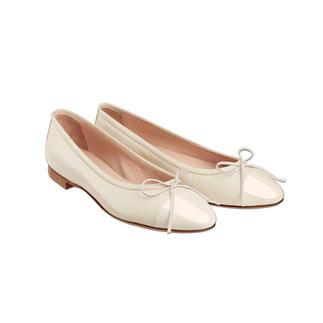 Die Casanova Ballerinas: Zeitlos und modisch. Die besonders feine Art, flache Schuhe zu tragen. Durch Sacchetto-Machart besonders flexibel und sehr bequem. Komfort von traditionellen Mokassins.