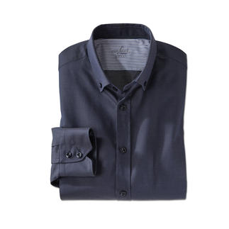 Das sportliche Button-down-Hemd von van Laack: ungewohnt elegant. Seit 1881 Spezialist für meisterlich verarbeitete Hemden.