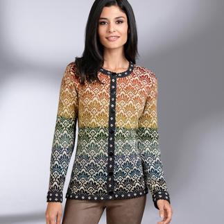 Das Kombinations-Talent in Ihrem Kleiderschrank: Der Cardigan aus 14 verschiedenen Farben. Jede Jacke ein exklusives Einzelstück. Gefertigt in Bolivien.