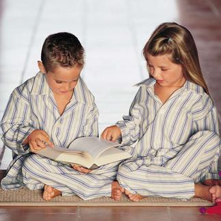 Der gestreifte Kinderpyjama: Unzählige Kinder lieben ihn. Hier ist das Original von Derek Rose, London. Der dicht gewebte, innen sanft geraute Baumwoll-Flanell ist urgemütlich und dazu sehr strapazierfähig.