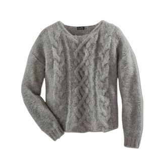 Der schlanke, leichte unter den angesagten Grobstrick-Pullovern. Aus Baby-Alpaka mit Pima-Baumwolle und Polyamid.