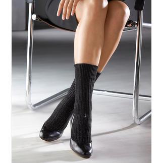 Die edle und elegante Baumwollsocke. Perfekt zu verkürzten Hosen oder zur Culotte. Von Strumpfspezialist Corgi aus Wales.