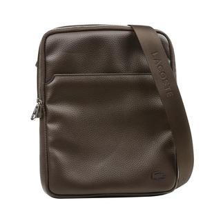 Die kleine Crossover-Bag im zeitgemäßen Look. Lange gesucht. Cleanes Design. Edle Leder-Optik. iPad-taugliches Format. Praktische Aufteilung.