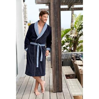 Der Gentleman-Bademantel von Boss: modische Eleganz statt sportivem Lässig-Look. In Kimono-Form mit edlen Jacquard-Besätzen.