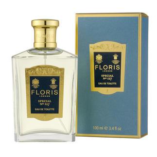 """Das berühmte """"Floris No. 127"""". Komponiert im Jahre 1890 für den russischen Großfürsten Orloff. Einer der ersten Herren-Düfte, der auch von Frauen getragen wurde. Eine der berühmtesten war Evita Peron."""