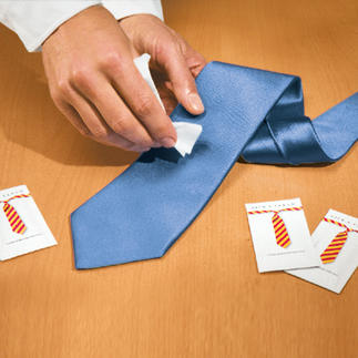 Die Silk & Clean-Tücher - Fleck auf Ihrer Krawatte? Endlich kommt die Rettung. Egal ob Fett, Rotwein oder Kaffee - einfach den Fleck mit den Tüchern entfernen.