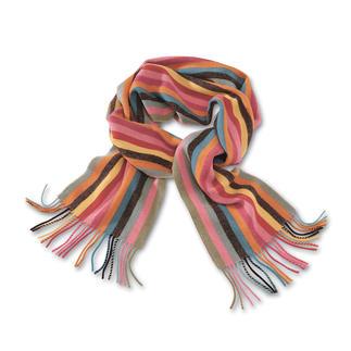 Modischer 268 cm-Schal, der zu allem passt. Aus weicher, australischer Lambswool. Die modischen, sanften Längsstreifen passen zu allen Winterfarben. Vom Kaschmirstricker Johnstons/Schottland.