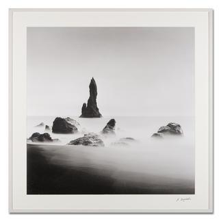 "Arkadius Zagrabski – Bedrock #2 Fotokunst ohne Nachbearbeitung: Arkadius Zagrabskis ""Bedrock #2"" erstmals als Edition. 20 Exemplare. Maße: gerahmt 120 x 120 cm"