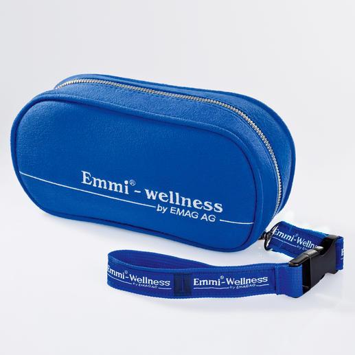 Im wasserabweisenden Reiseetui Emmi®-dent (separat erhätlich) verstauen Sie Ihre Zahnbürste, einen Bürstenkopf und eine Tube Zahncreme.