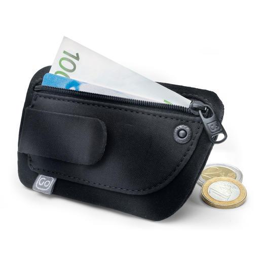 """Minibörse """"Clippouch"""" - Geld, Kreditkarte, Personalausweis, ... auch in leichter Sommerkleidung alles dabei."""
