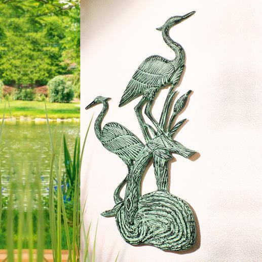 Wandrelief Fischreiher - 86 cm hoch. 100 %ig wetterfest, mit wunderschöner Patina. Aus massivem Aluminium. Elegant für drinnen & draußen.