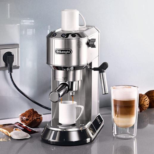 De'Longhi Espresso-Maschine Dedica - Ultrakompakt. Kann alles. Sieht gut aus. Und ist auch noch bezahlbar.