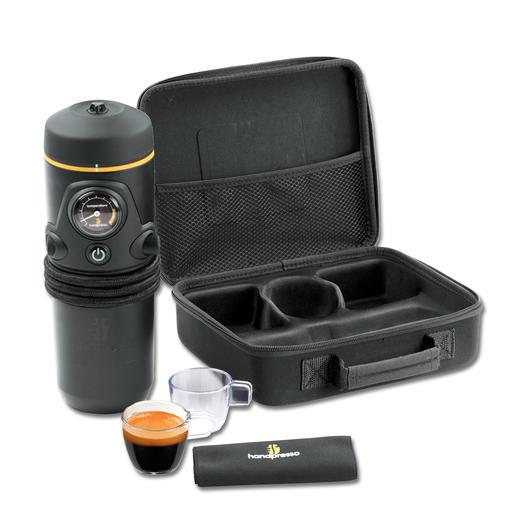 Das Premium-Set kommt inkl. 2 Tassen und 1 Serviette in praktischer Hartschalentasche.