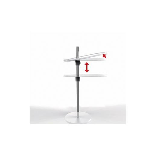 Eine integrierte Blattfeder hält die Tischplatte in der gewünschten Position.