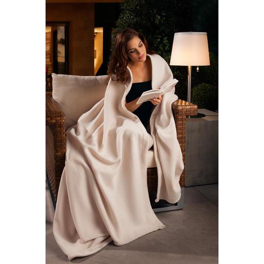 Wonder Blanket® - Das Kingsize-Plaid der Luxusliner und Nobelhotels – aus flaumzartem, volumigem Fleece.
