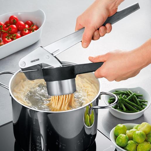 Profi-Kartoffelpresse Force One Leichter, schneller, sauberer. Optimierte Hebelmechanik spart bis zu 80 % Kraftaufwand.
