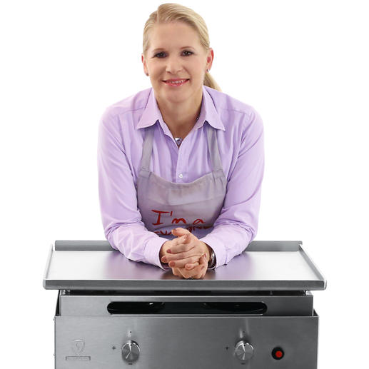 """""""Das Schönste am Grillen ist für mich die Geselligkeit. Mit dem Plancha-Grill von Verycook kann ich leckere Gerichte für bis zu 15 Personen gleichzeitig zubereiten."""""""
