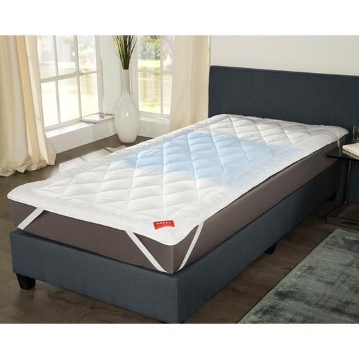 Hefel Cool Unterbett - Erfrischt schlafen – sogar bei 30 °C: das Stepp-Unterbett mit genialem Cool Vlies.
