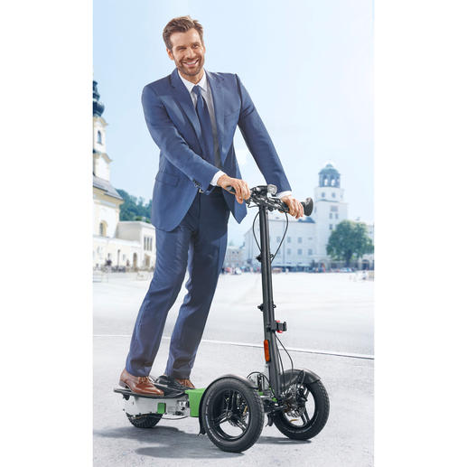 Scuddy Sport - Cooles Lifestyle-Vergnügen: der faltbare Elektro-Scooter auf 3 Rädern. In Handarbeit gefertigt.