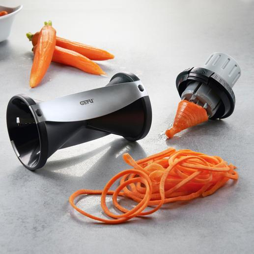 Wie durch einen Anspitzer drehen Sie Gemüse wie Karotten und Kartoffeln, Gurken und Zucchini bis 6 cm Ø zu appetitlichen Endlos-Spiralen.