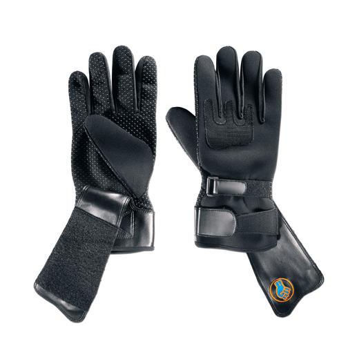 Bei jedem Paar ist jeweils ein Handschuh mit der Powergrip Halte-Lasche ausgerüstet.