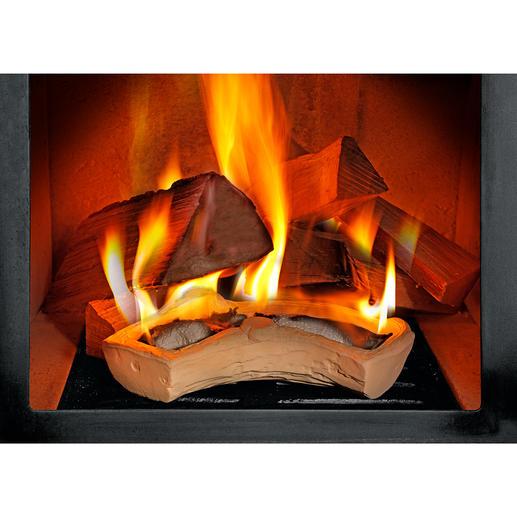 Wachsreste einfach in ein Blatt Küchenpapier einrollen, Speiseöl auf Papierstreifen gießen und den Brennstoff anzünden.