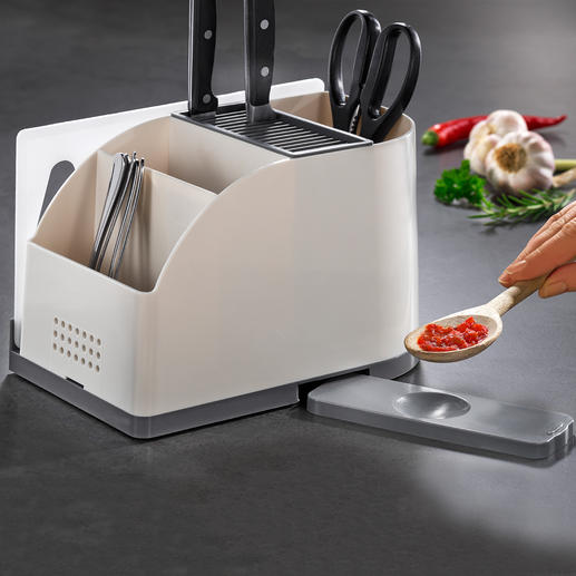 Küchentool-Organizer Messerblock und cleverer Utensilien-Halter in einem. Hält sogar ein Schneidbrett und eine Kochlöffel-Ablage griffbereit.
