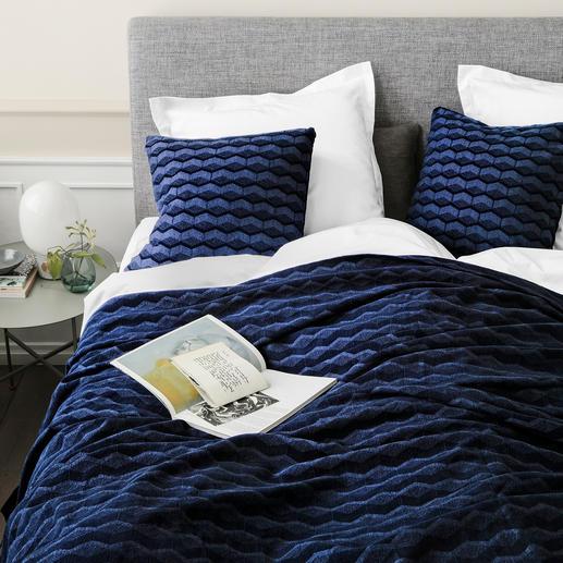 Bettüberwurf und Kissen, Mitternachtsblau