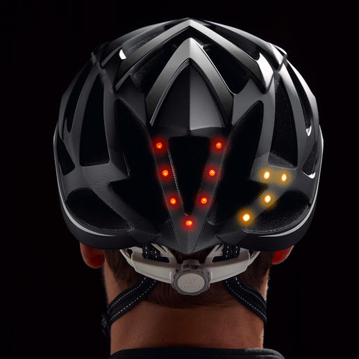 Hell blinkende LEDs signalisieren deutlich, dass Sie abbiegen möchten.