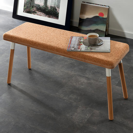Design-Sitzbank Pluta Trendmaterial Kork – endlich auch als Sitzbank. Außergewöhnlich, stylish, robust. Sorgt von Natur aus für behagliche Atmosphäre.