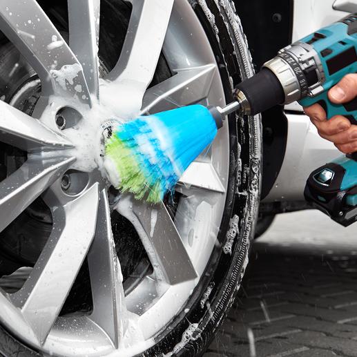 Einfach Bürstenstiel in Ihren Akku-Schrauber spannen, Reinigungsmittel aufträufeln und starten.