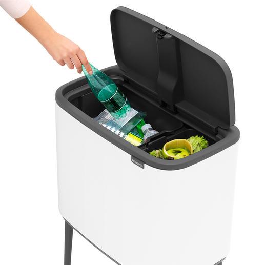 Trennt Abfall in 2 herausnehmbaren Einsätzen.
