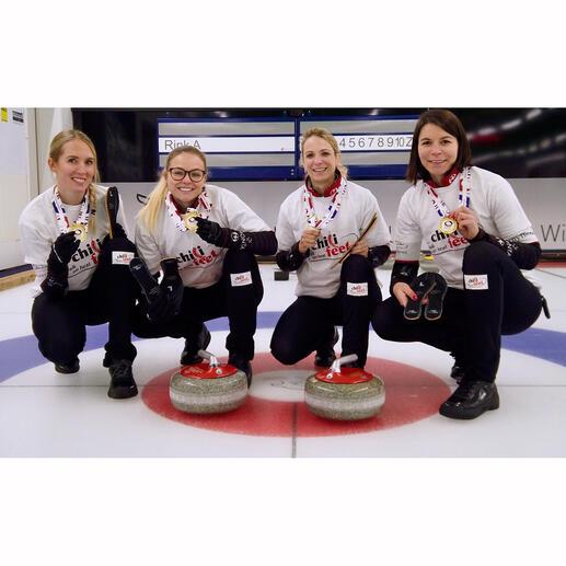 Weltmeister im Curling (2019). Skip (Spielführerin im Curling) Silvana Tirinzoni, Melanie Barbezat, Esther Neuenschwander, Alina Pätz und Marisa Winkelhausen (von links nach rechts).