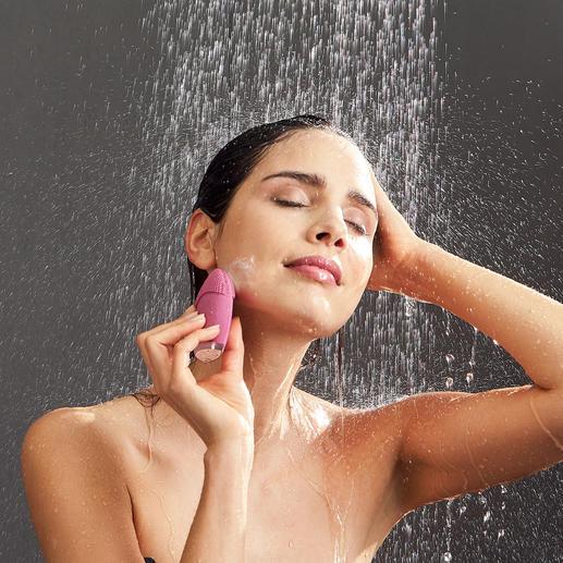 Beurer Gesichtsbürste FC 49 Modernste Vibrationstechnologie fördert ein ebenmäßiges Hautbild und aktiviert die Blutzirkulation.