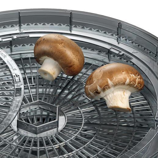 Auch für voluminöse Lebensmittel (z. B. ganze Pilze) ist Platz.