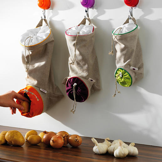 Gemüsebeutel, 3er-Set Der ideale Aufbewahrungsort für Kartoffeln, Zwiebeln, Knoblauch: lichtgeschützt, luftig und griffbereit.