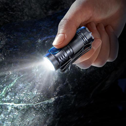 1.000 Lumen Mini-Taschenlampe Die neueste Generation Mini-Taschenlampe. Noch kleiner. Noch leichter. Noch stärker.