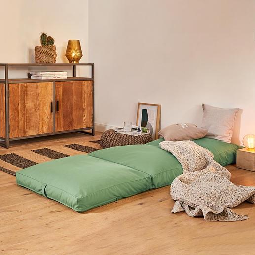 4-in-1-Gästematratze Ein Griff – und das behagliche Polster wird zum kuscheligen Sessel, Hocker, Gästebett.