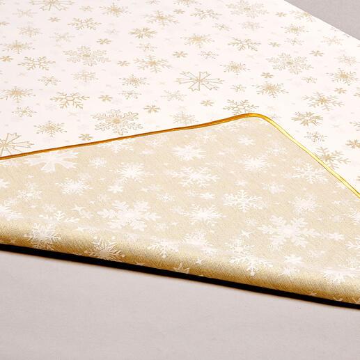 Beide Decken sind wendbar: auf der einen Seite dezent, auf der anderen festlich glitzernd.