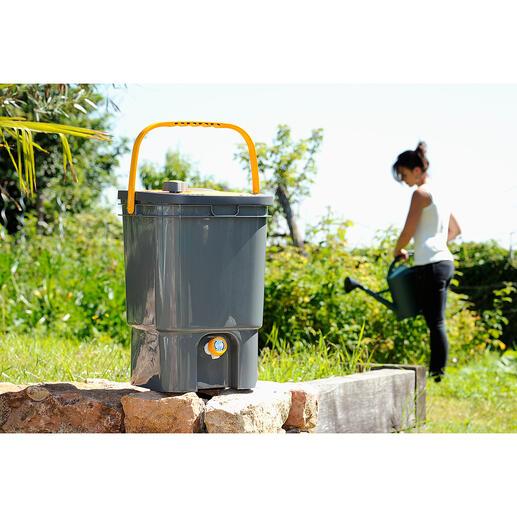 BioMixFlüssigdünger-Bereiter Bio-Flüssigdünger statt Chemie – einfach und sauber selbst hergestellt. Pflanzenschnitt aus dem Garten, Wasser und den genialen BioMix – mehr brauchen Sie nicht.