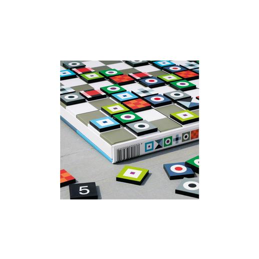 Sie können wählen: Legen Sie Ihr Sudoku klassisch mit Zahlen oder – noch anspruchsvoller – mit farbenfroh gestalteten Motiven.