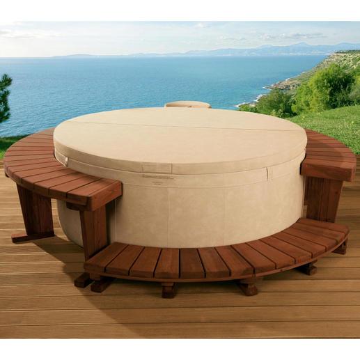 Der abschließbare Isolierdeckel (mitgeliefert) schützt Ihren Whirlpool vor dem Auskühlen, vor unbefugt Badenden und vor Verunreinigungen durch Blätter oder Ungeziefer.