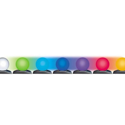Auf Wunsch wechselt die Lichtfarbe fließend zwischen Weiß;, Grün, Türkis, Blau, Violett, Rot und Gelb.