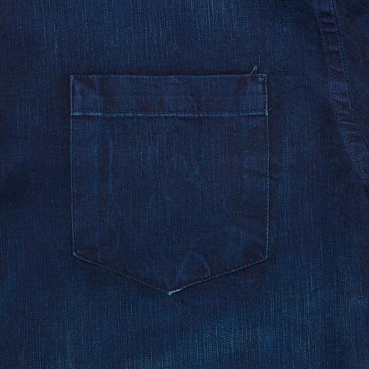 Pierre Balmain Clean-Denim-Hemd Angesagt dark und clean, aber überraschend soft: Pierre Balmains aktuelle Denim-Hits.