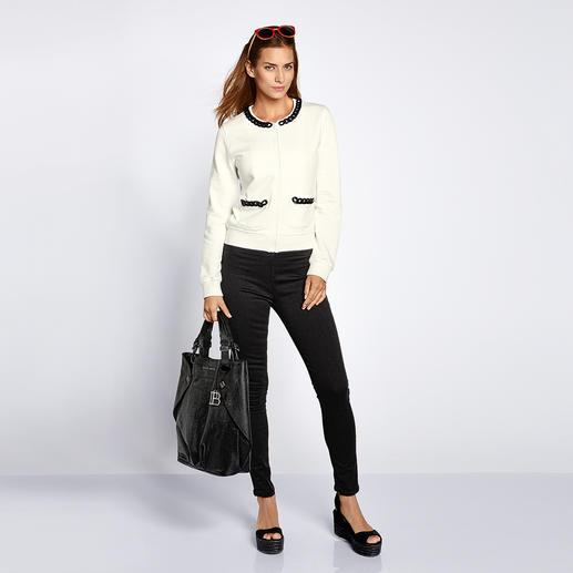 Love Moschino Sweat-Couturejacke Love Moschino macht die Sweat-Jacke zum Couture-Piece.